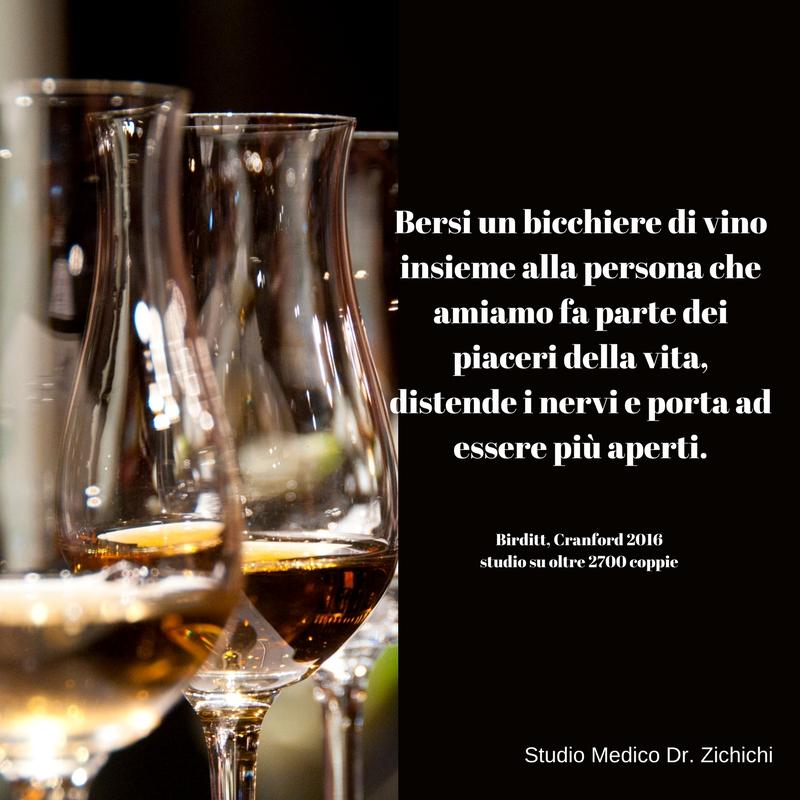 felicità un bicchiere di vino
